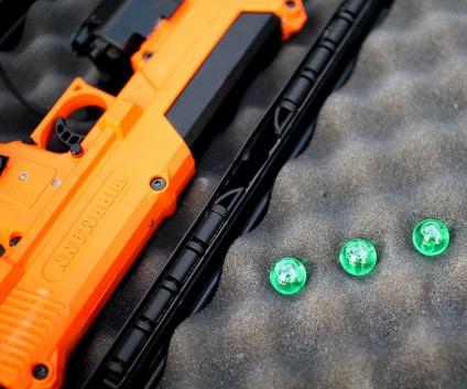 ADN de synthèse - PISTOLET ADN - les balles en plastiques