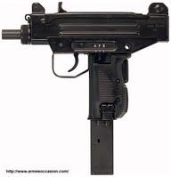 pistolet mitrailleurs UZI police scientifique